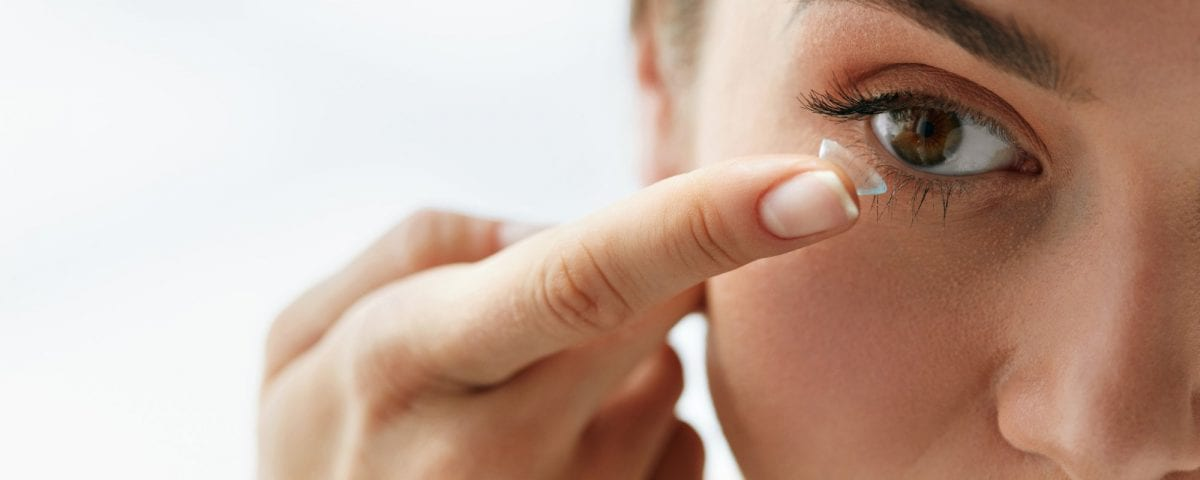 protein buildup on contact lenses
